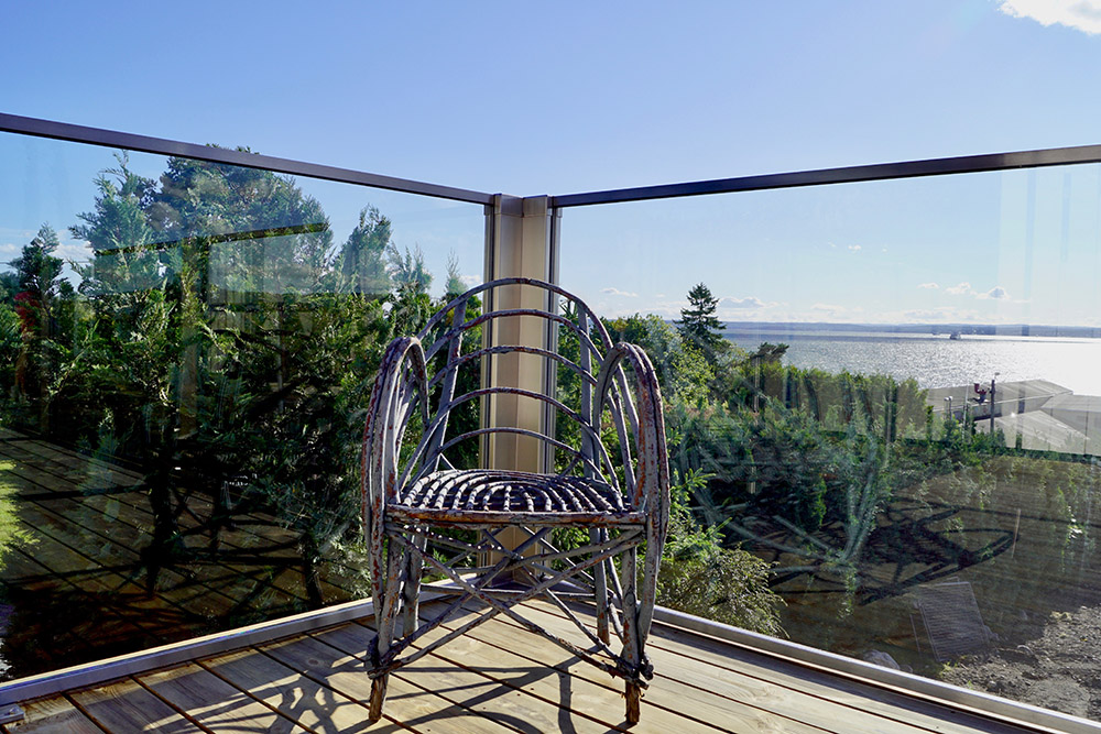 Glassrekkverk på terrassen - design Sonate En.